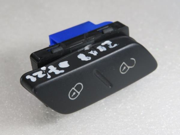Interruptor / Botoes VOLKSWAGEN SCIROCCO (137, 138)   08 - 17
