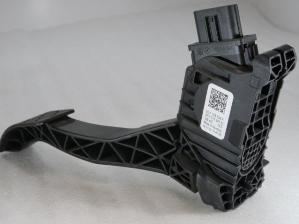 Pedal Acelerador VOLKSWAGEN GOLF VII (5G1, BQ1, BE1, BE2)   12 -