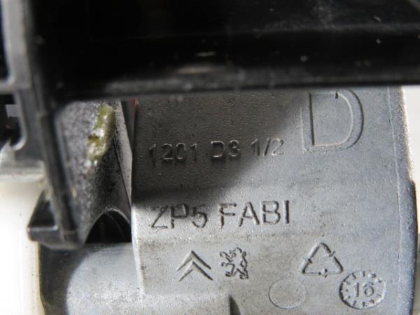 Punho porta Trs Drt PEUGEOT 208 I (CA_, CC_) | 12 -