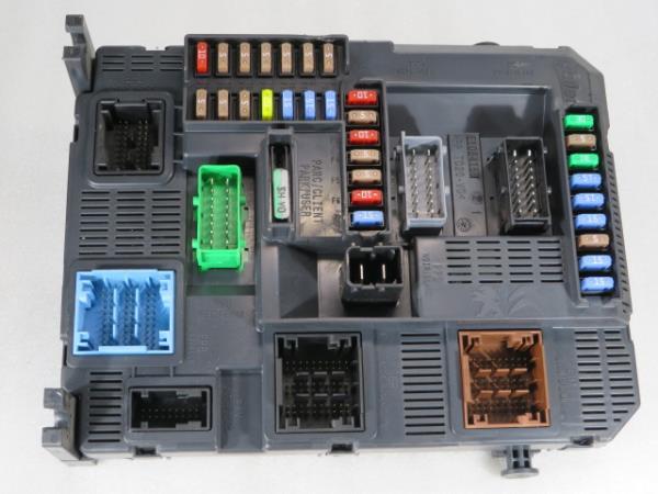 Caixa Fusiveis   SAM   Module PEUGEOT 208 I (CA_, CC_)   12 -