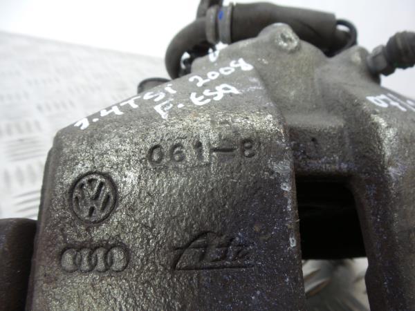 Bombito Frente Esquerdo VOLKSWAGEN SCIROCCO (137, 138)   08 - 17