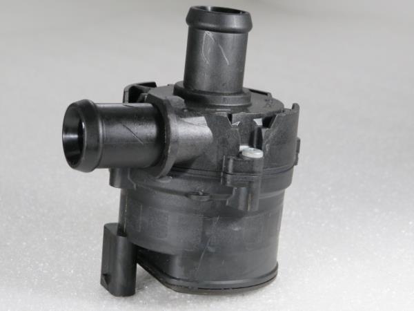 Bomba de Agua Auxiliar VOLKSWAGEN T-ROC (A11)   17 -