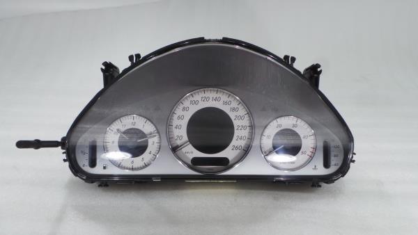 Quadrante MERCEDES-BENZ E-CLASS (W211) | 02 - 09