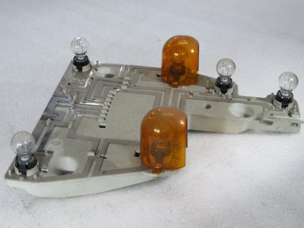 Suporte das Lampadas Tras Esquerdo MERCEDES-BENZ E-CLASS (W211) | 02 - 09