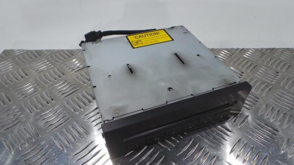 CD Changer MERCEDES-BENZ E-CLASS (W211) | 02 - 09