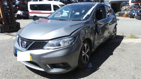 Salvados / Carros Acidentados com Documentos NISSAN PULSAR Hatchback (C13) | 12 -