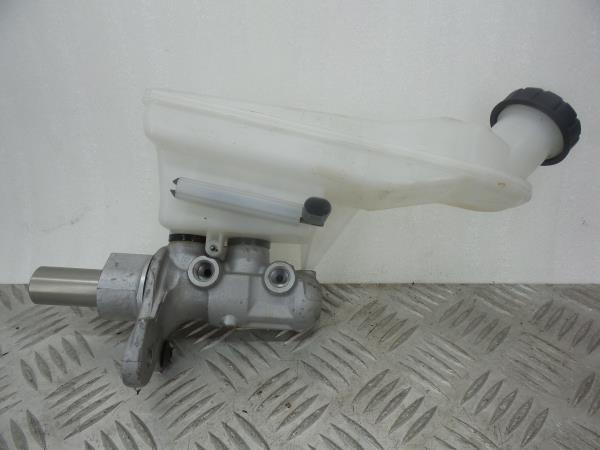 Bomba dos Travões MERCEDES-BENZ GLA-CLASS (X156)   13 -