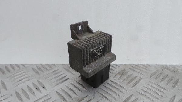 Temporizador das Velas RENAULT MEGANE II (BM0/1_, CM0/1_)   01 - 12