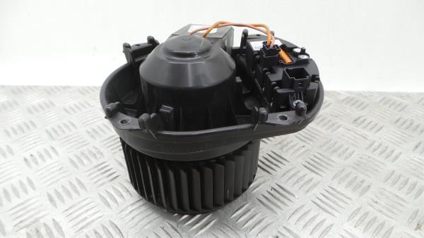 Motor da Sofagem MERCEDES-BENZ CLA Coupé (C117) | 13 - 19