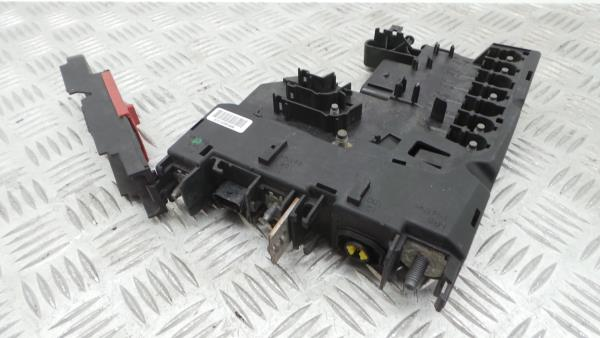 Caixa Fusiveis | SAM | Module MERCEDES-BENZ C-CLASS (W204) | 07 - 15