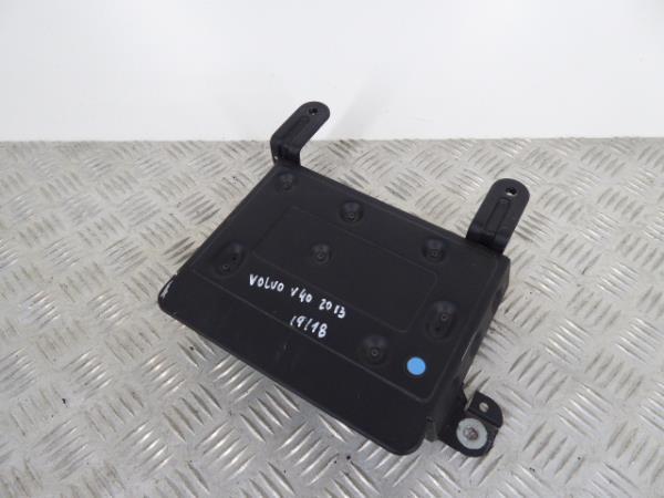 Amplificador VOLVO V40 Hatchback (525, 526) | 12 -