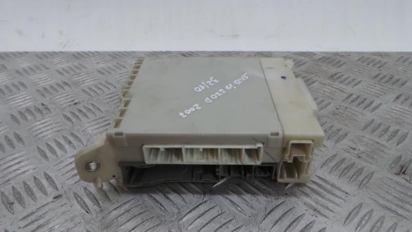 Caixa Fusiveis   SAM   Module LEXUS IS II (_E2_)   05 - 13