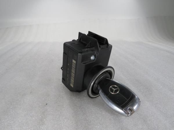 Canhão Ignição MERCEDES-BENZ C-CLASS (W204)   07 - 15