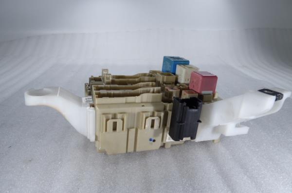 Caixa Fusiveis   SAM   Module TOYOTA VERSO (_R2_)   09 - 18
