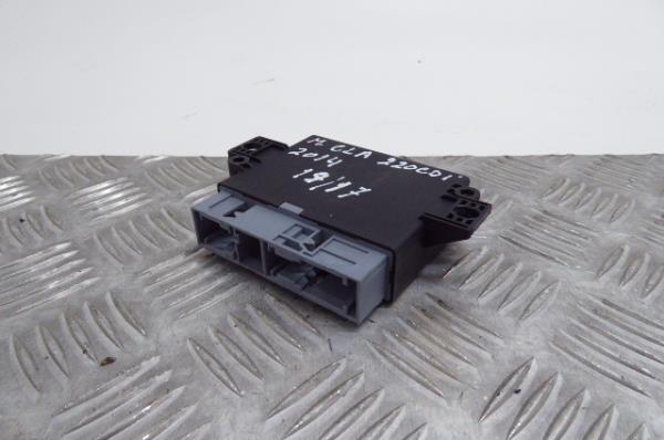 Modulo dos Sensores de Parque MERCEDES-BENZ CLA Coupé (C117) | 13 - 19