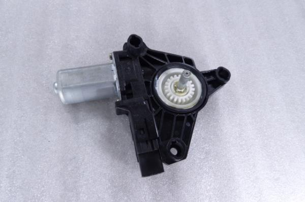 Motor Elevador Tras Direito VOLVO V40 Hatchback (525, 526) | 12 -