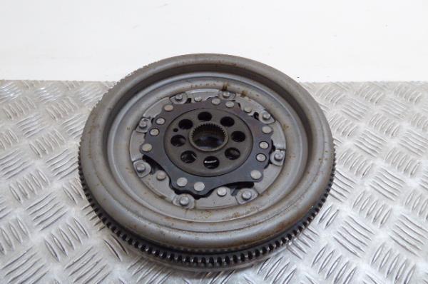 Volante Motor VOLKSWAGEN SCIROCCO (137, 138)   08 - 17