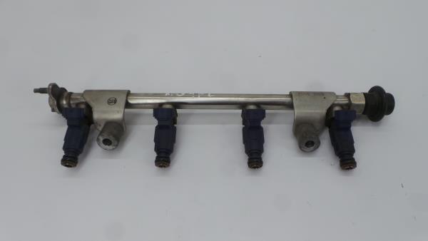 Regua / Rampa de Injetores KIA CEED Hatchback (ED)   06 - 12
