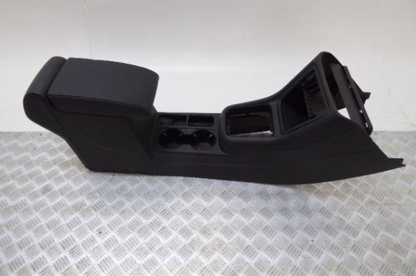 Consola Central SEAT ALHAMBRA (710, 711) | 10 -