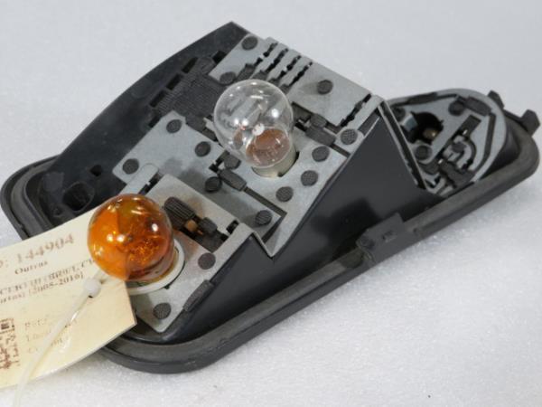 Suporte das Lampadas Tras Esquerdo RENAULT CLIO III (BR0/1, CR0/1) | 05 -