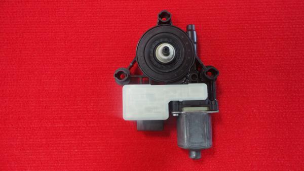 Motor Elevador Tras Esquerdo VOLKSWAGEN GOLF VII (5G1, BQ1, BE1, BE2)   12 -
