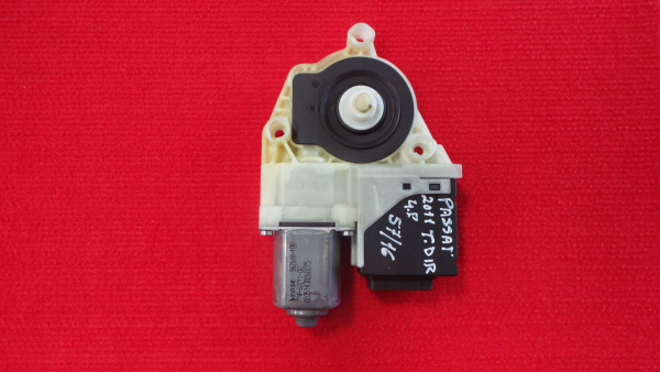 Motor Elevador Tras Direito VOLKSWAGEN PASSAT (362) | 10 - 15