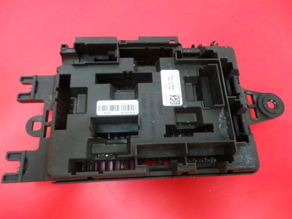 Caixa Fusiveis   SAM   Module BMW 1 (F20)   11 - 19