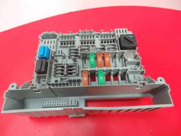Caixa Fusiveis   SAM   Module BMW 3 (E90)   04 - 12