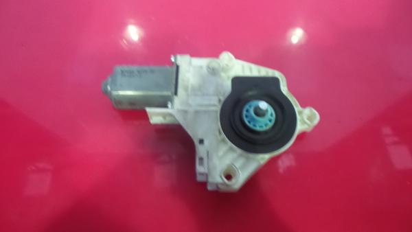 Motor Elevador Frente Direito AUDI A4 (8K2, B8) | 07 - 15