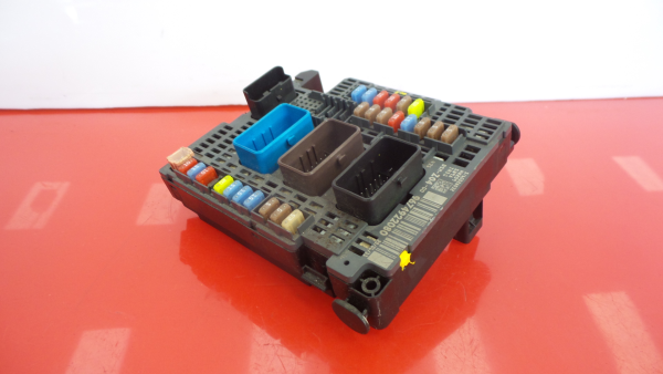 Caixa Fusiveis   SAM   Module PEUGEOT 508 I (8D_)   10 - 18