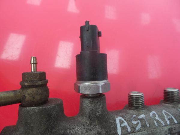 Regua / Rampa de Injetores OPEL ASTRA H (A04) | 04 - 14