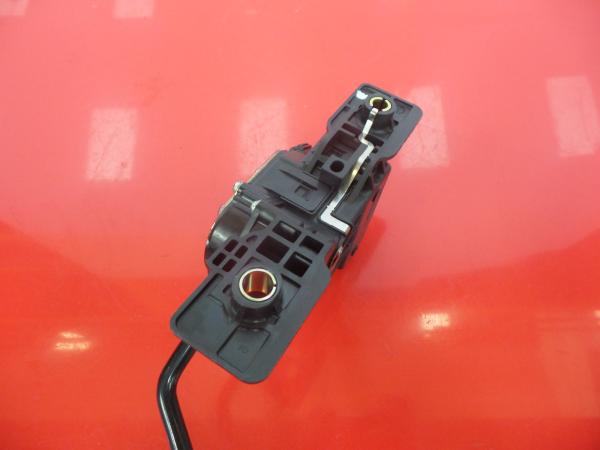 Pedal Acelerador MITSUBISHI GRANDIS (NA_W) | 03 - 11