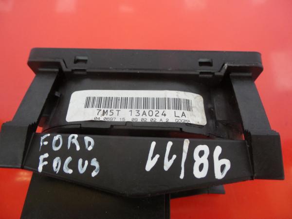 Interruptor Luzes FORD FOCUS II (DA_, HCP, DP) | 04 - 13