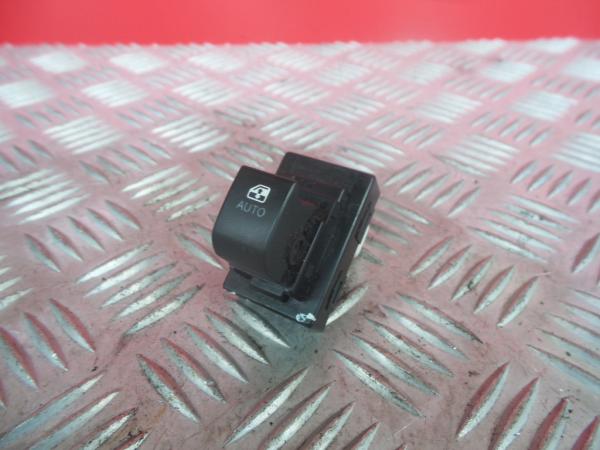 Comutador Vidro Frt Dir KIA CEED Hatchback (ED) | 06 - 12