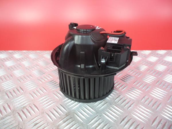 Motor da Sofagem AUDI A3 (8P1) | 03 - 13