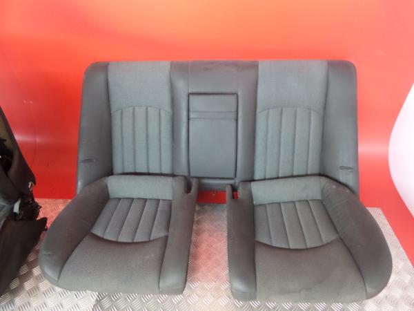Conjunto de bancos / Sem Airbags MERCEDES-BENZ CLS (C219) | 04 - 11