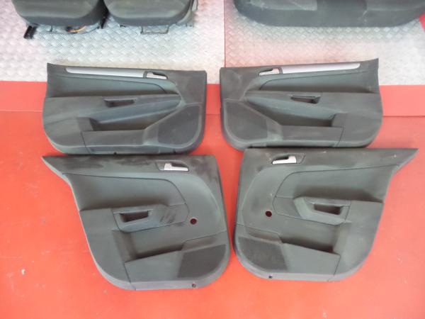 Conjunto de bancos / Sem Airbags OPEL ASTRA H (A04) | 04 - 14