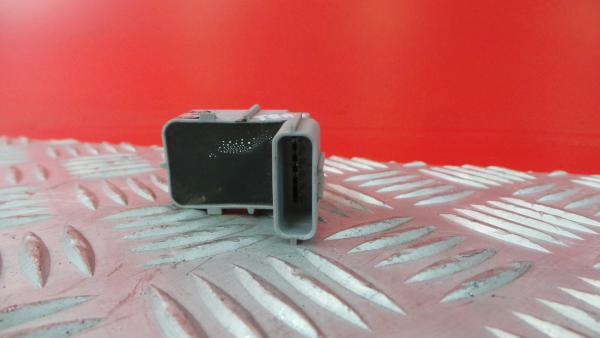 Sensor de Estacionamento Trs HYUNDAI i30 (GD)   11 -