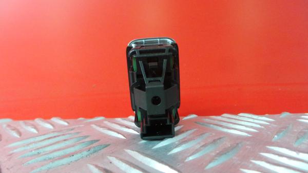 Comutador Vidro Tras Dir MERCEDES-BENZ CLA Shooting Brake (X117) | 15 - 19