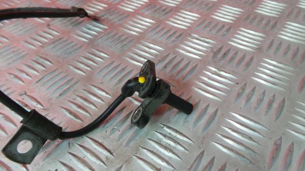 Sensor do ABS Frt Esq MITSUBISHI Fuso   11 -