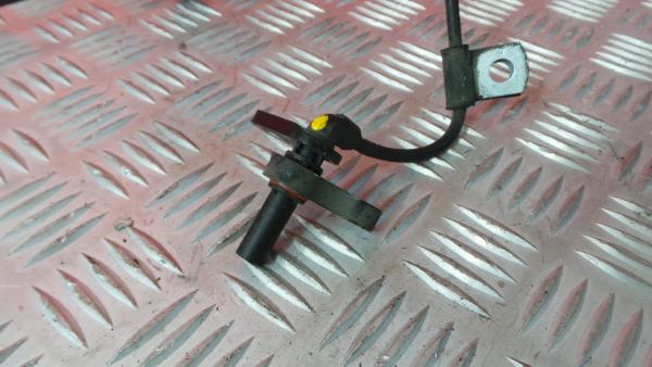 Sensor do ABS Frt Drt MITSUBISHI Fuso | 11 -