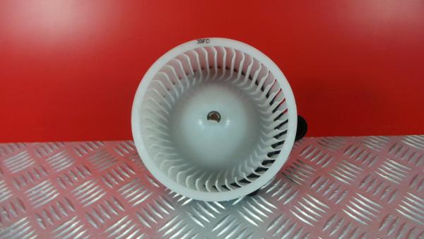 Motor da Sofagem HYUNDAI i30 (GD)   11 -
