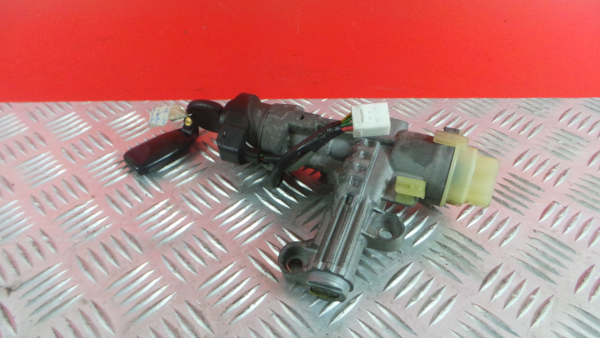 Temporizador das Velas VOLKSWAGEN CADDY III Caixa (2KA, 2KH, 2CA, 2CH) | 04 - 15