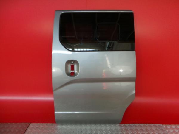 Porta Lateral Esquerda NISSAN NV200 / EVALIA Autocarro | 10 -