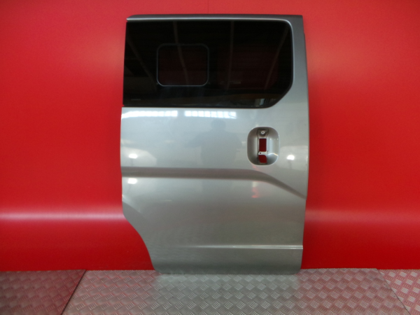 Porta Lateral Direita NISSAN NV200 / EVALIA Autocarro | 10 -