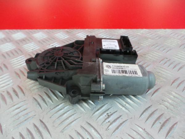 Motor Elevador Frente Direito VOLKSWAGEN CADDY III Caixa (2KA, 2KH, 2CA, 2CH)   04 - 15