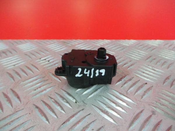 Atuador da Comporta de Ar NISSAN QASHQAI II (J11, J11_) | 13 -