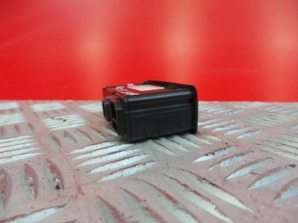 Interruptor / Botoes RENAULT MASTER III Caixa (FV) | 10 -
