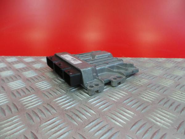Centralina do Motor | ECU RENAULT MASTER III Caixa (FV) | 10 -