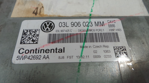 Centralina do Motor | ECU VOLKSWAGEN GOLF VI Variant (AJ5) | 09 - 14